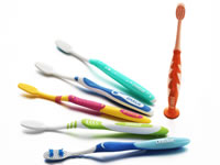 Product Show Toothbrush 06