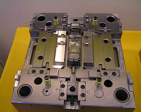 Injection Mold Hot Cold Runner Custom For Auto Parts